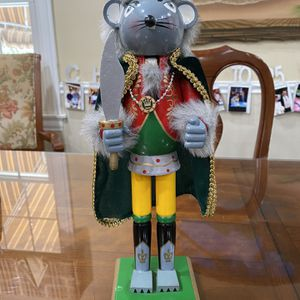 "14"" King/mouse-rat Nutcracker $5 for Sale in Smithtown, NY"