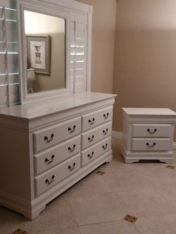 Solid Wood Like Brand New Bedroom Set With Dresser And Night Stand for Sale in San Dimas,  CA