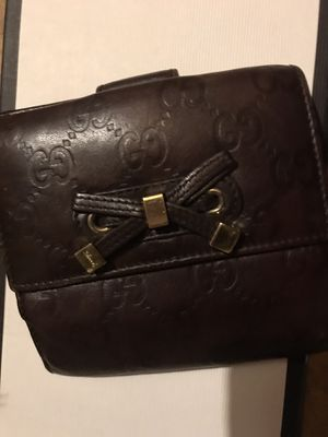 Gucci wallet for Sale in Dunwoody, GA