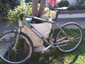 specialized mountain bike 65 for Sale in Lake Forest, CA