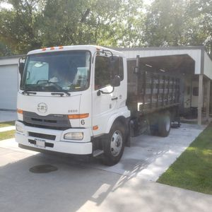 2012 Super clean Nissan UD flatbed truck...price reduce need gone asap for Sale in Houston, TX