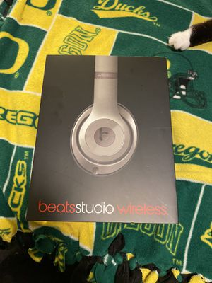 Studio 2.0 beats by Dre Grey for Sale in Ridgefield, WA