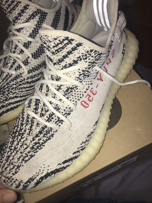 yeezys 350 zebra for Sale in Harrisonburg, VA