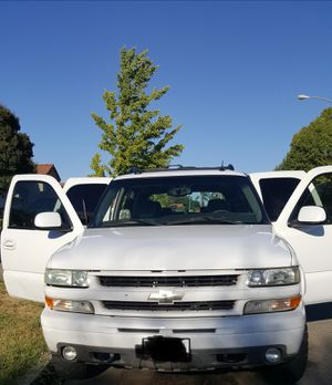 2004 Chevy Tahoe for Sale in Fresno, CA