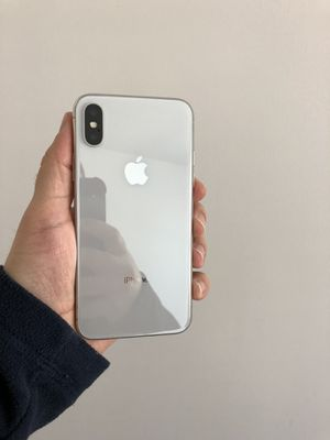 iPhone X 64 GB like new for Sale in Herndon, VA