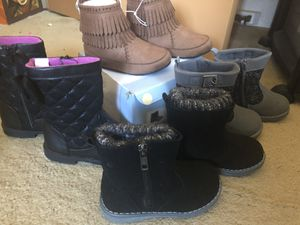 Girl lot of sz.7 new boots for Sale in Mililani, HI