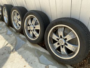 "20"" chrome rims 6 lugs Japanese SUV for Sale in Glendale, CA"