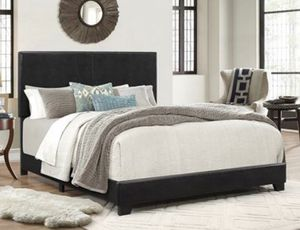 Queen bed for Sale in Dallas, TX