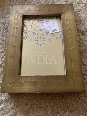 4X6 table top photo frame for Sale in Webster Groves, MO