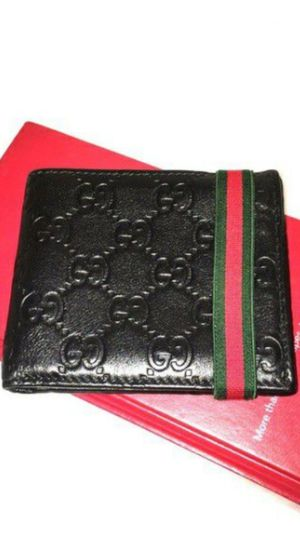Gucci wallet 100% authentic for Sale in Oakland, CA