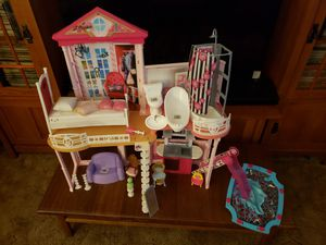 Barbie Doll House with accessories for Sale in Hayward, CA