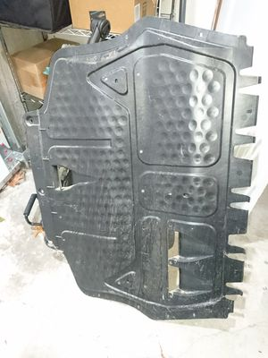 AUDI A3 8P1 Undertray Belly Pan Engine Insulation 1K0825235AD for Sale in Seattle, WA