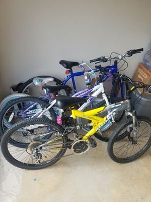Set of 4 Bicycles for Sale in Frisco, TX