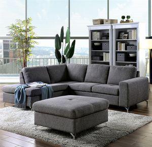 Gray Sectional w/Ottoman -Seccional Gris con Ottoman @Elegant Furniture for Sale in Fresno, CA