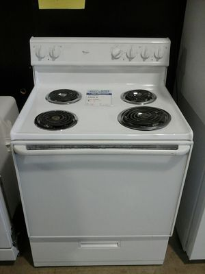 Whirlpool electric range coiltop tested for Sale in Denver, CO