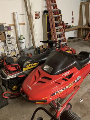 Want to trade 2 skidoo snowmobiles for Sale in Puyallup, WA