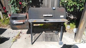 BBQ grill for Sale in Modesto, CA
