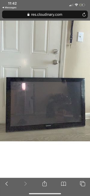Large Samsung TV for Sale in Lexington, KY