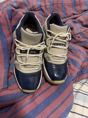 Jordan retro 11 size 7 for Sale in Brooklyn, NY