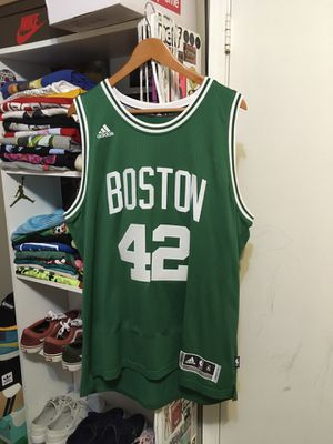Adidas Celtics Jersey Size XL for Sale in Lilburn, GA