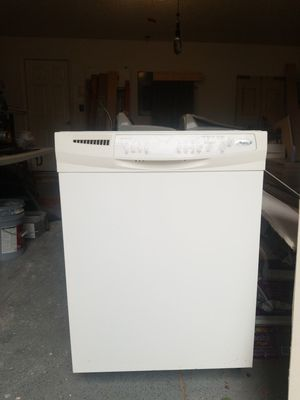 Whirlpool dishwasher used but works good for Sale in Altamonte Springs, FL