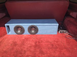 """Dual 8"""" boss subwoofers & kicker amp for Sale in Dallas, TX"""