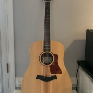 Taylor acoustic Guitar, 15/16 size for Sale in Atlanta, GA