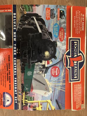 Lionel Trains Deluxe New York Central Freight Set for Sale in Temecula, CA