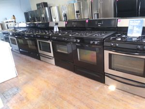 Gas and electric stoves starting at $150 and up for Sale in Cleveland, OH