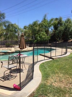 181' Vinyl Pool Fencing in great condition for Sale in Los Angeles, CA