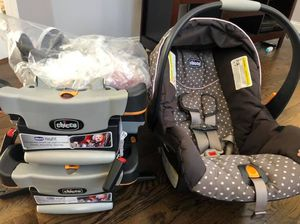 Chicco Keyfit 30 Car seat with Extra Base and Infant Insert for Sale in Winchester, VA