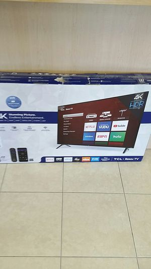 "TCL 43"" CLASS 4K ULTRA HD (2160P) ROKU SMART LED TV-TO STAND,NO REMOTE for Sale in Boca Raton, FL"