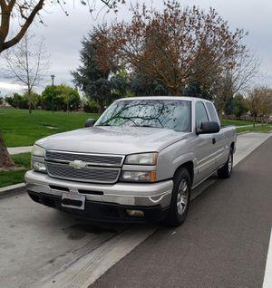 2006 Chevy Silverado 1500 for Sale in Modesto, CA