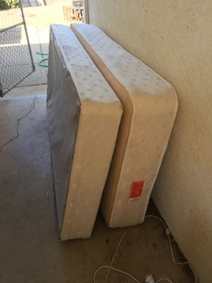 Serta Twin Mattress and Frame for Sale in San Luis Obispo, CA