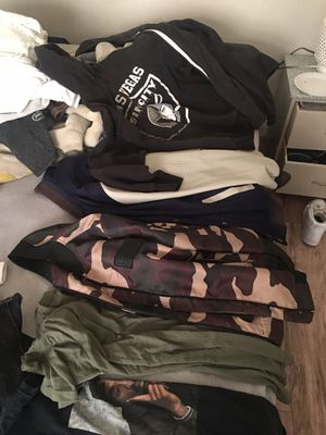 FREE Men's clothing for Sale in North Las Vegas, NV