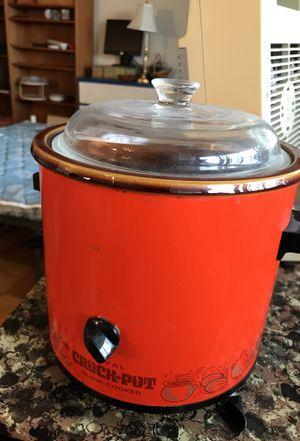 Retro orange Crockpot for Sale in Arlington, VA