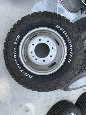 Spare wheel and bfg all terrain tire Ford F-350 dually. LT 265 70 17 for Sale in Aurora, CO