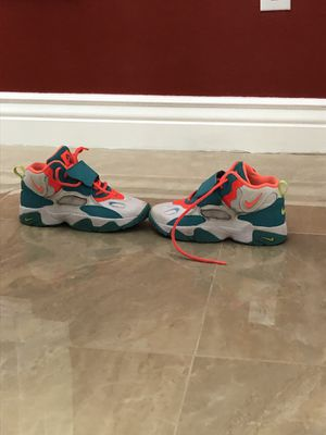 Nike size 2.5 for Sale in Sebring, FL