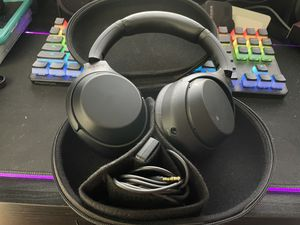 Sony WH1000XM4 wireless over the ear headphones for Sale in Azusa, CA
