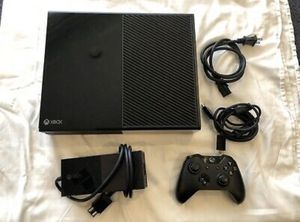 Xbox One 500 GB With Controller, HDMI, and Power Cord for Sale in Brentwood, PA