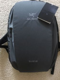 Arc'teryx Blade 20 Backpack Pilot Gray for Sale in Carlsbad,  CA