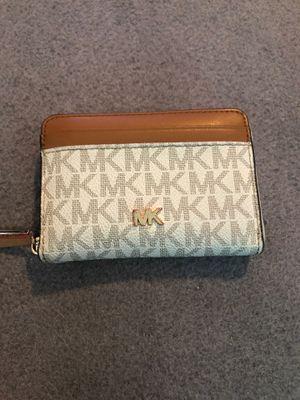 Michael Kors Wallet for Sale in Whittier, CA