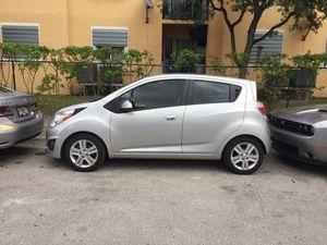 Chevrolet spark 2015 for Sale in Miami, FL