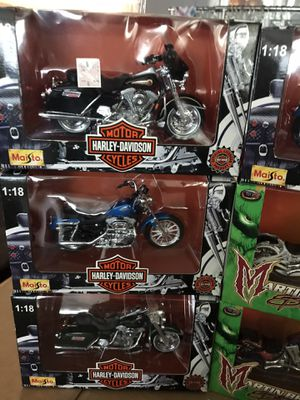 18 - 1/18 scale Die cast Motorcycles 4 Martin Bro's custom bikes mostly Harley's for Sale in Lake Forest, CA