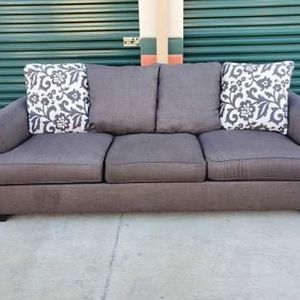 Grey Single Couch *Delivery Available* for Sale in Norwalk, CA