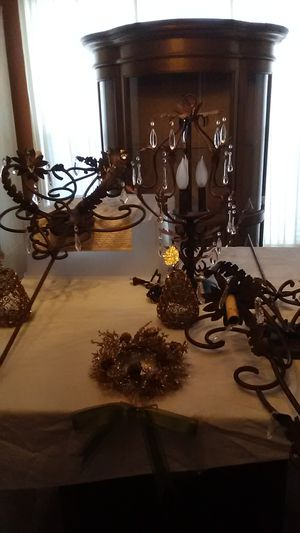 2) wall sconces w/matching lamp set. for Sale in Manchester Township, NJ