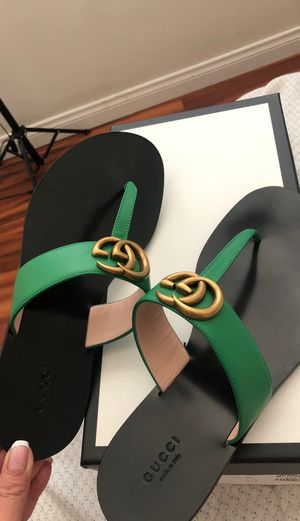 Gucci Flat Marmont Leather Thong for Sale in Hawthorne, CA
