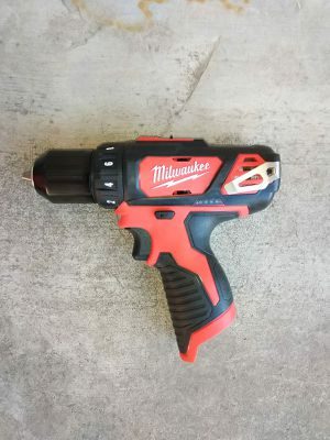 DRILL M12 MILWAUKEE BATTERY NOT INCLUDED for Sale in Phoenix, AZ