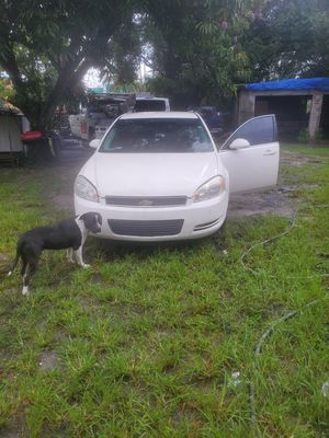 2008 chevy impala parts or whole car for Sale in Miami, FL