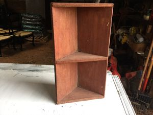 Small primitive corner shelf for Sale in Lexington, NC